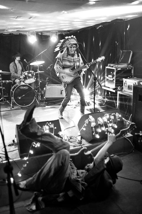 Los Tentakills onstage